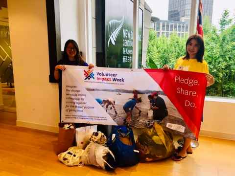 Shanghai alumni GIVEBACK care packages drive