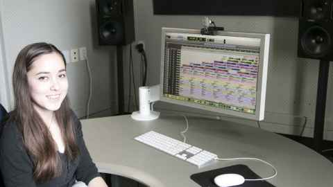 Garling Wu mixing a song on Pro Tools